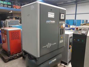 Atlas Copco Ga 11 VSD FF schroefcompressor 11 kW op 270 liter met ingebouwde koeldroger