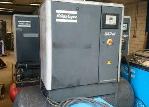Atlas Copco GA 7 FF schroefcompressor 7,5 kW op 500 liter tank met ingebouwde koeldroger